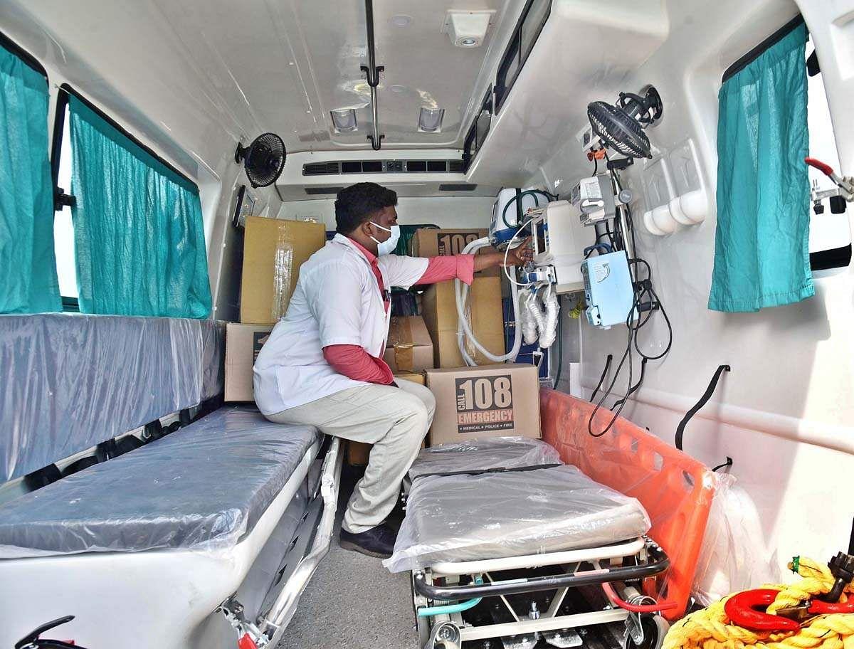 Ambulance-10
