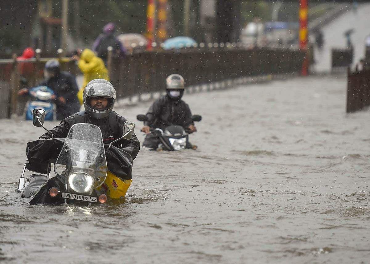 Mumbai-Rains-13