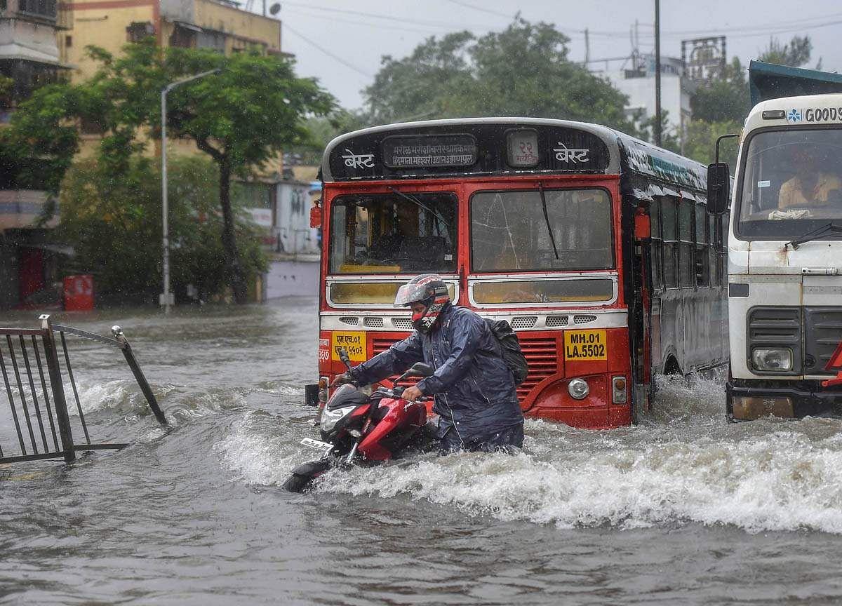 Mumbai-Rains-14