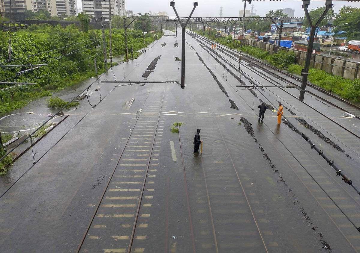 Mumbai-Rains-2