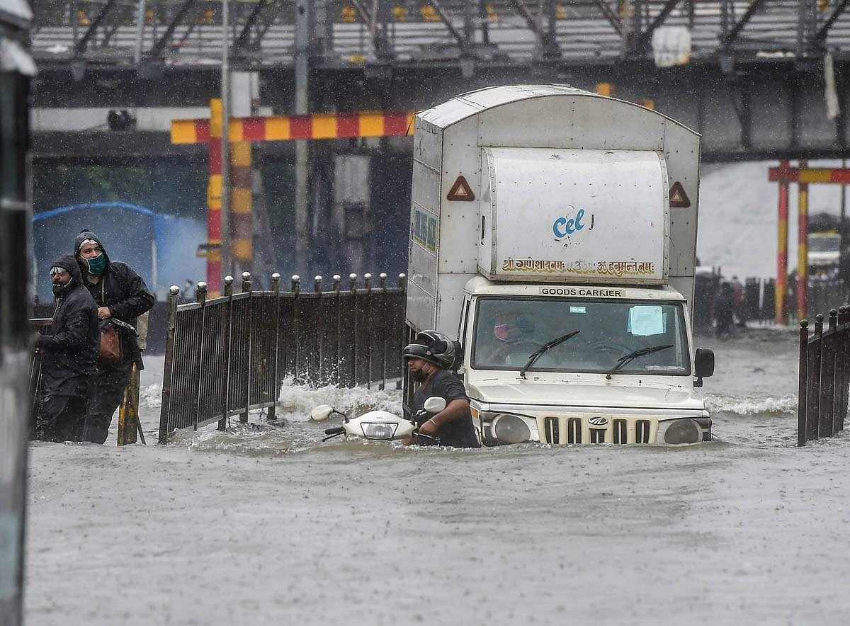 Mumbai-Rains-20