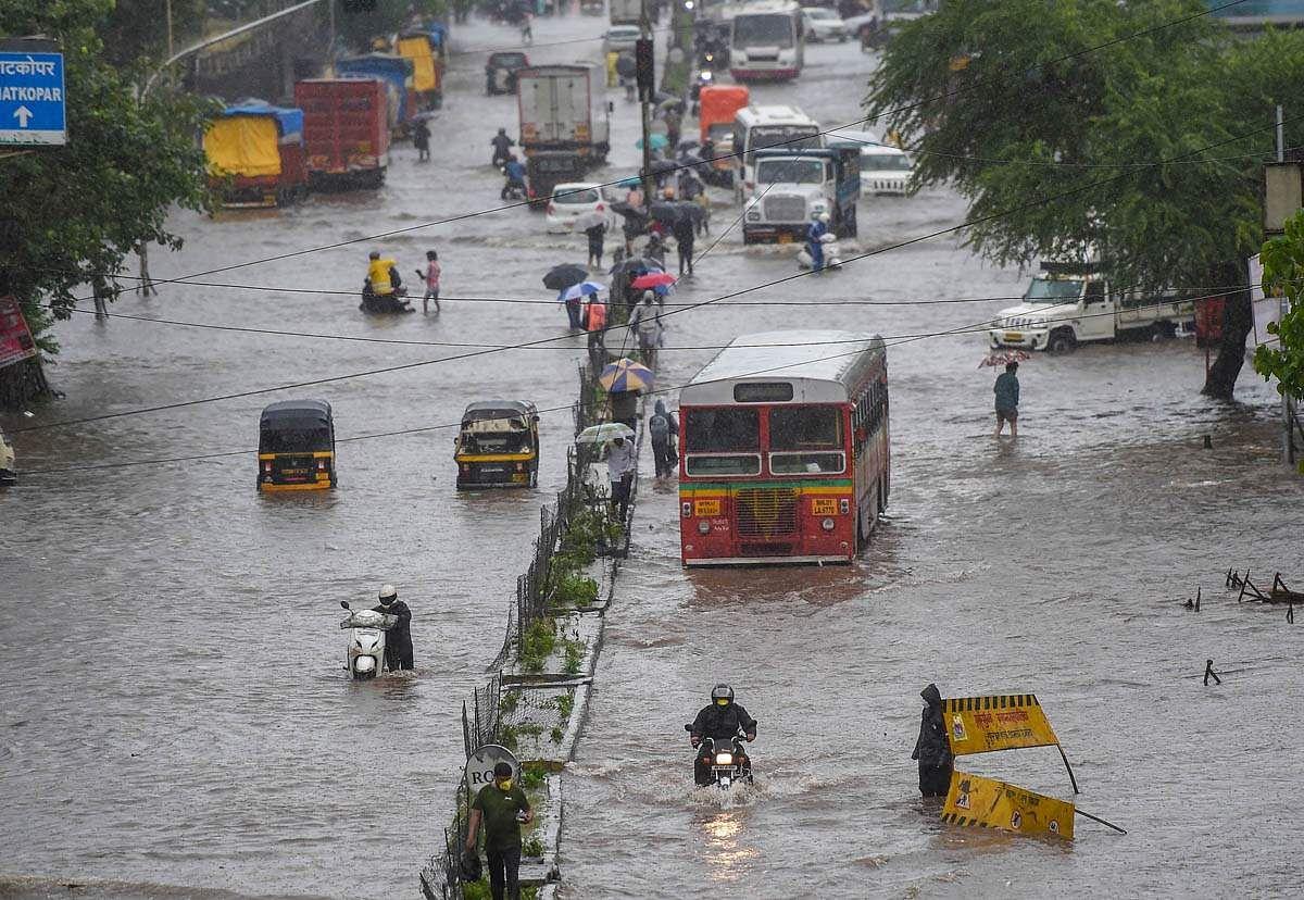 Mumbai-Rains-21