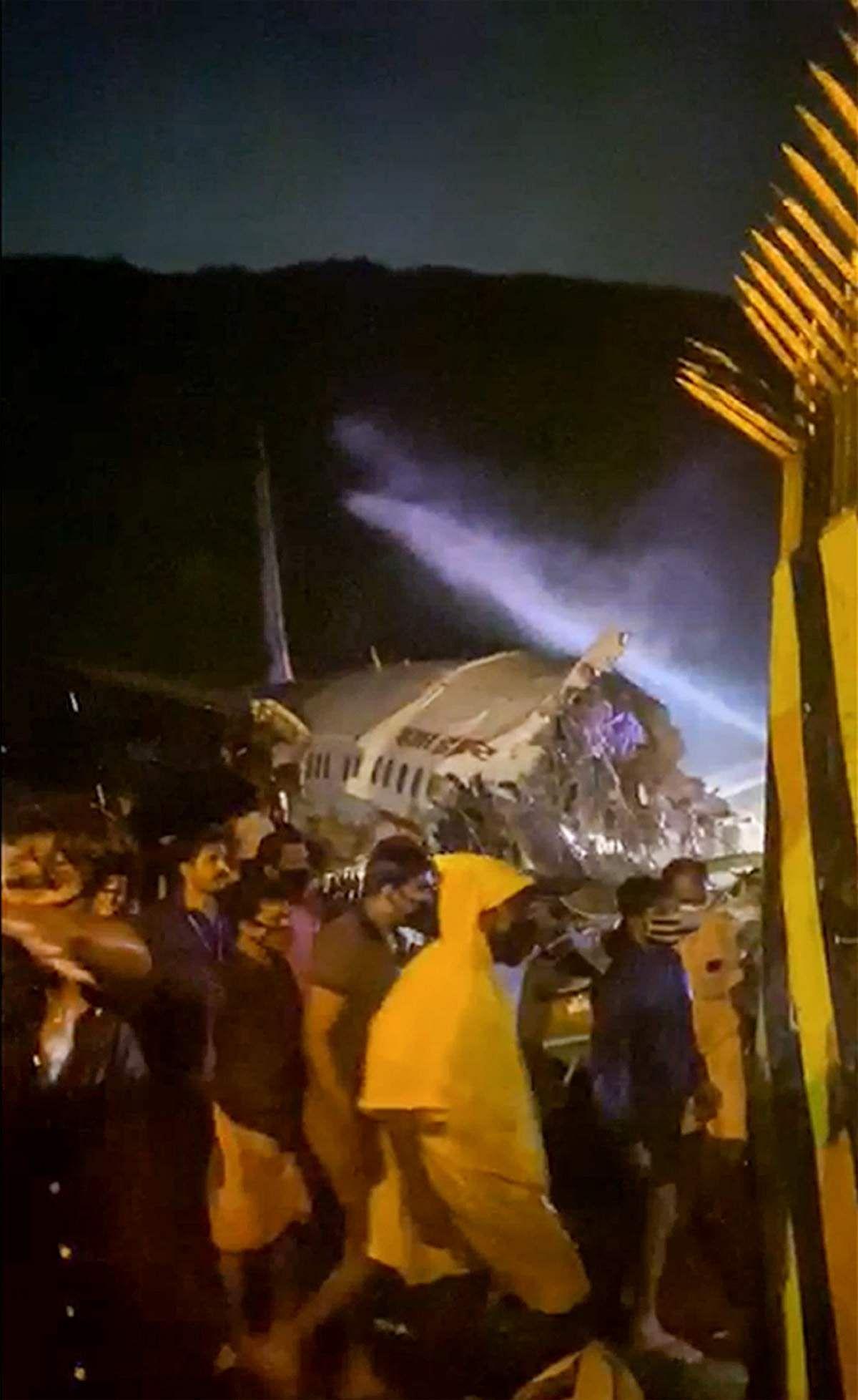 Kerala-Plane-Crash-7