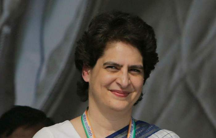 காங்கிரஸ் பொதுச் செயலாளர் பிரியங்கா வதேரா
