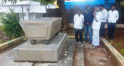 Monument to the former Collector of Salem District for 170 years in Hosur