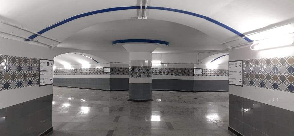 Subway_lobby