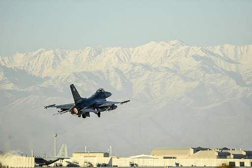 Afghan airstrikes kill 37 militants ! ஆப்கானிஸ்தான் விமானத் தாக்குதலில் 37  பயங்கரவாதிகள் பலி- Dinamani
