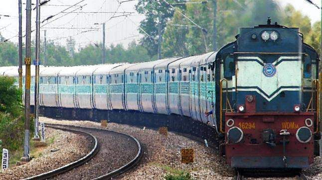 Echo of farmers' struggle: Trains cancelled