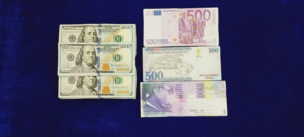 seizure-of-foreign-currency-and-gold-at-chennai-airport