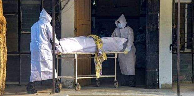 Brazil's COVID-19 death toll tops 154,000