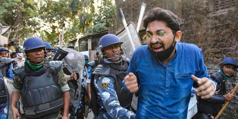 Bengal_Protests_PTI_Final