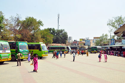bus_stand_2702chn_64_2