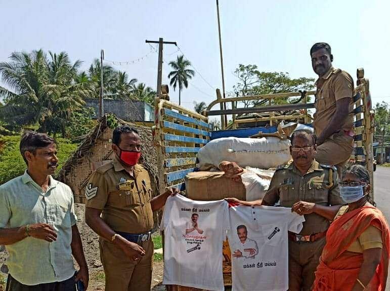 4 thousand T-shirts with Kamal image: Seized in Cuddalore