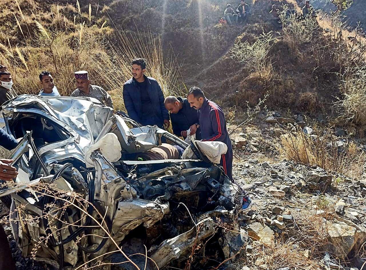 Car overturns in Himachal Pradesh: 3 killed
