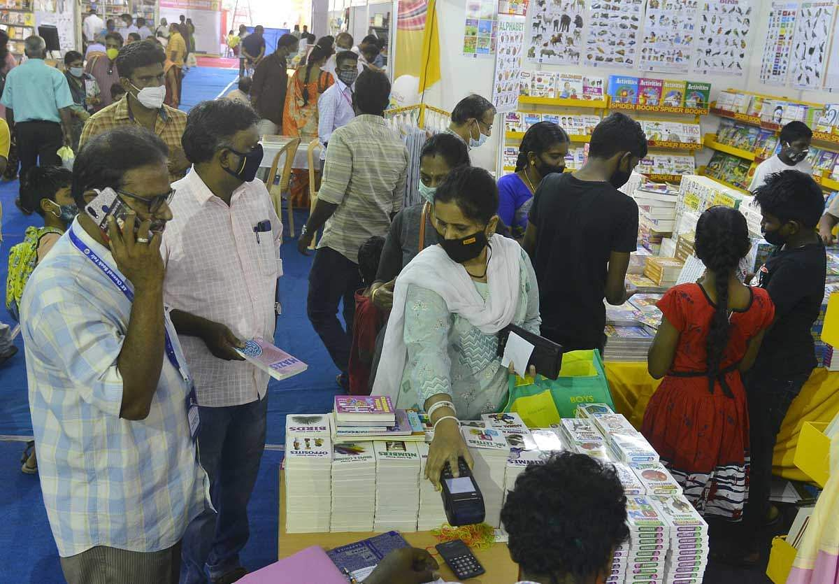 Book-Fair-13