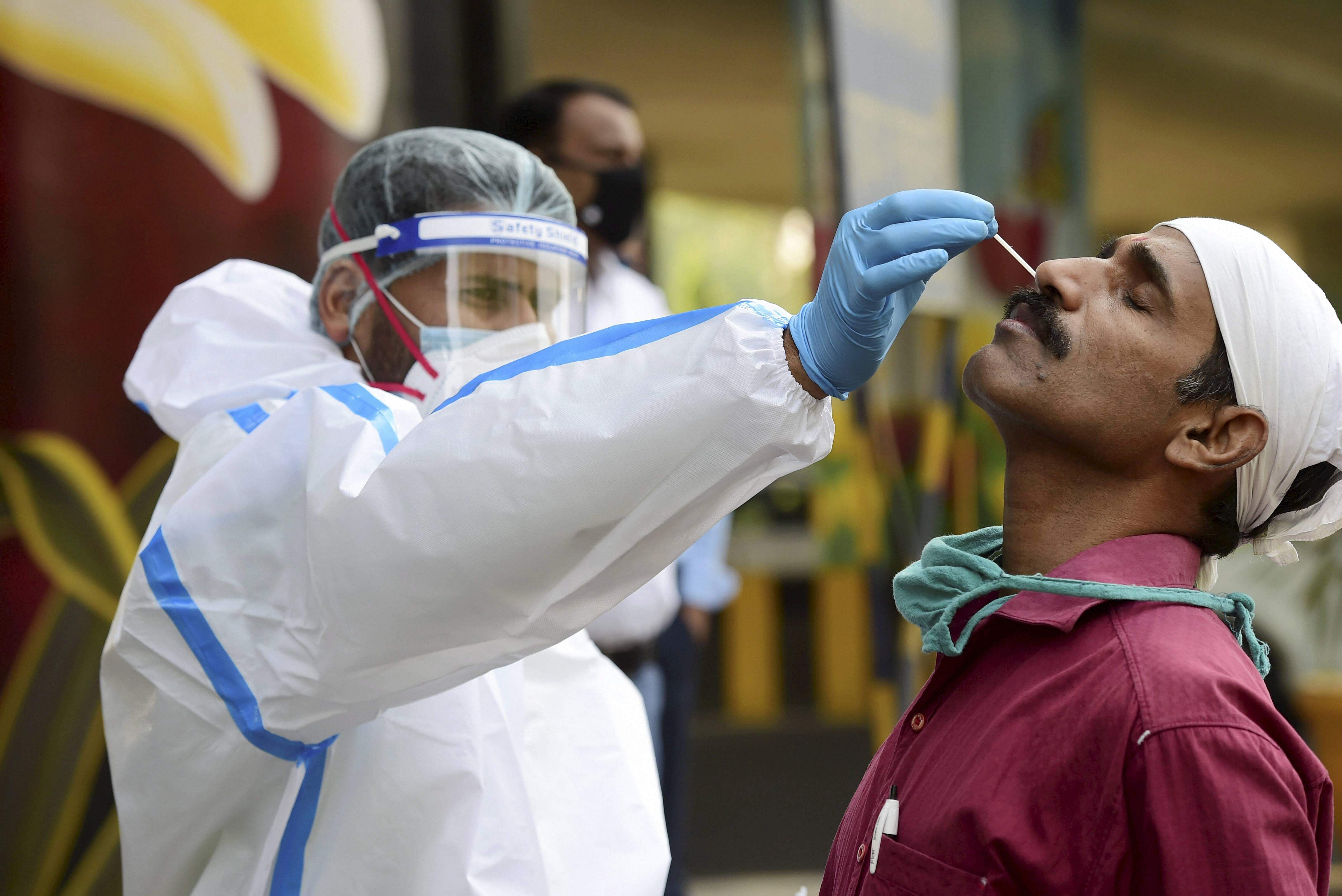 Another 217 people in Delhi were infected with corona