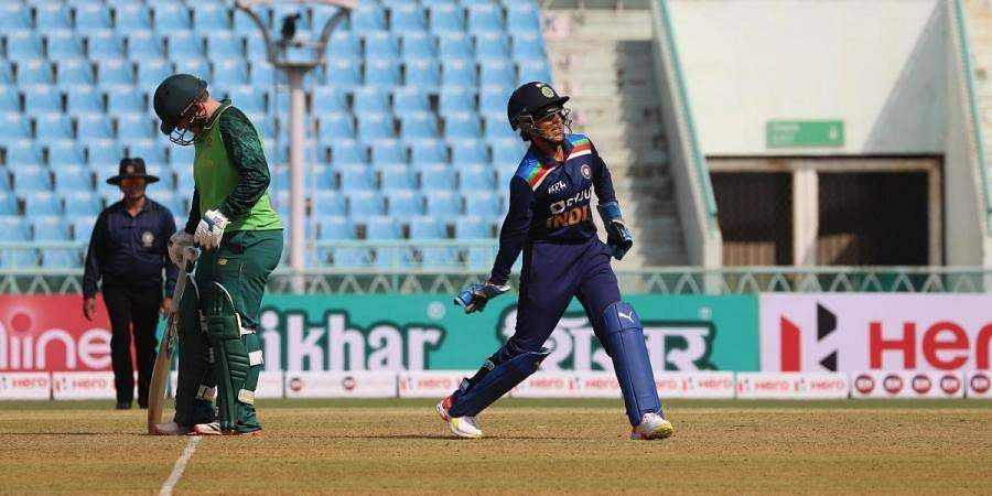 South Africa women beat India Women in 2nd T20 and lead the series 2-0