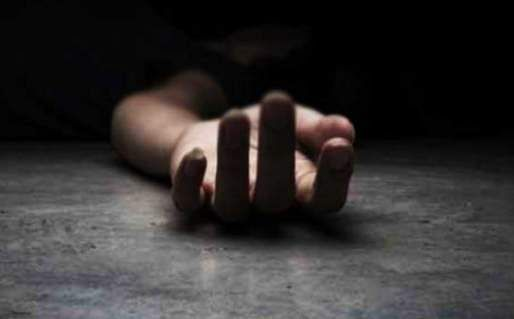 sisters found dead in UP field