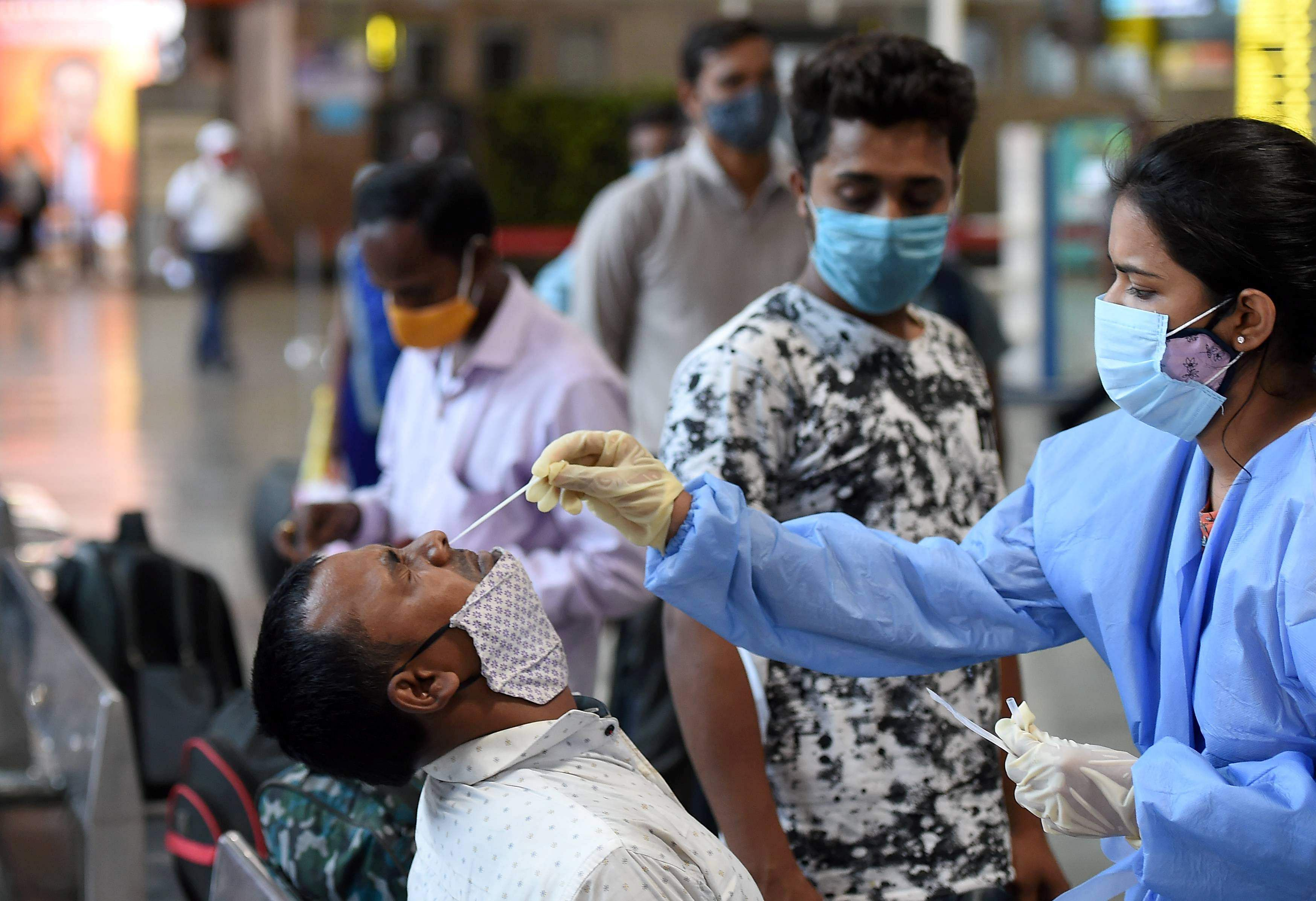12,553 new cases of corona infection in Gujarat