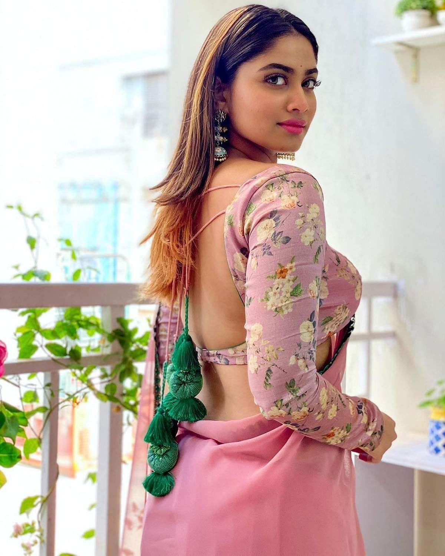 Shivani-9