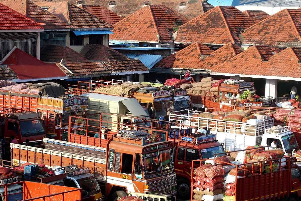 koyambedu-market-3