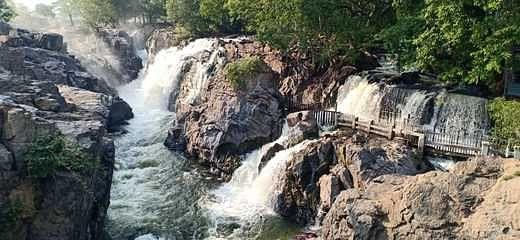 2-8-falls_photo_2805chn_214