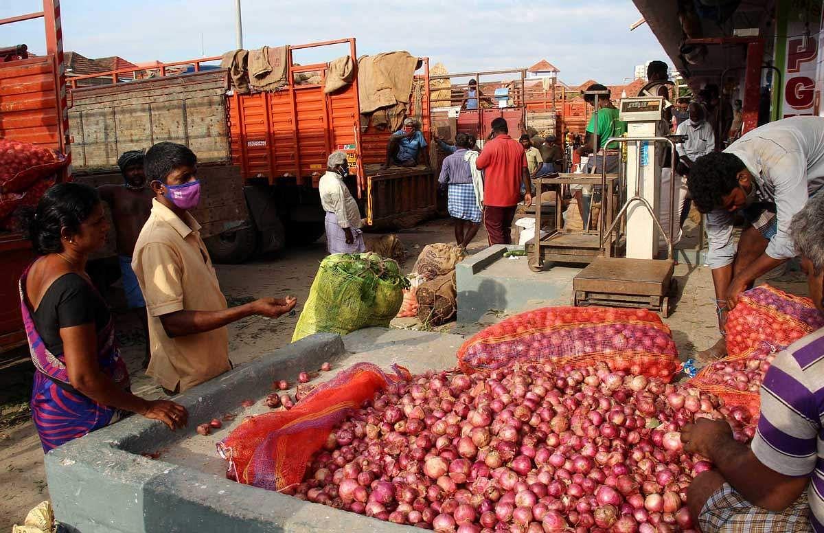 koyambedu-market-8