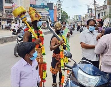 கலைக்குழு மூலம் நடைபெற்ற கரோனா விழிப்புணா்வு.