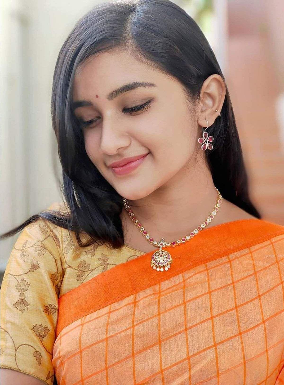 raveena_daha-10