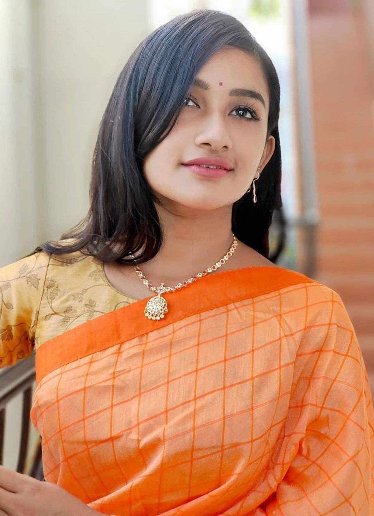 raveena_daha-3