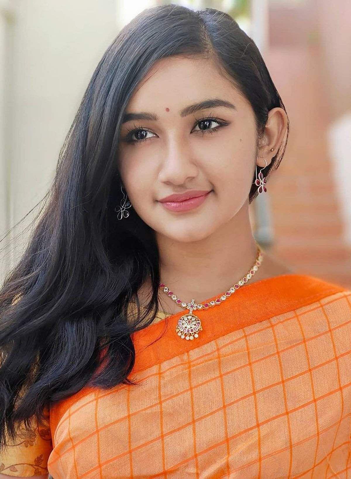 raveena_daha-4