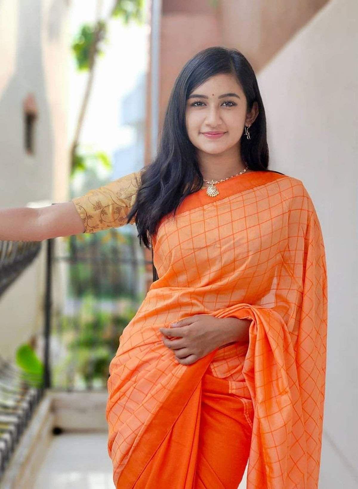 raveena_daha-7