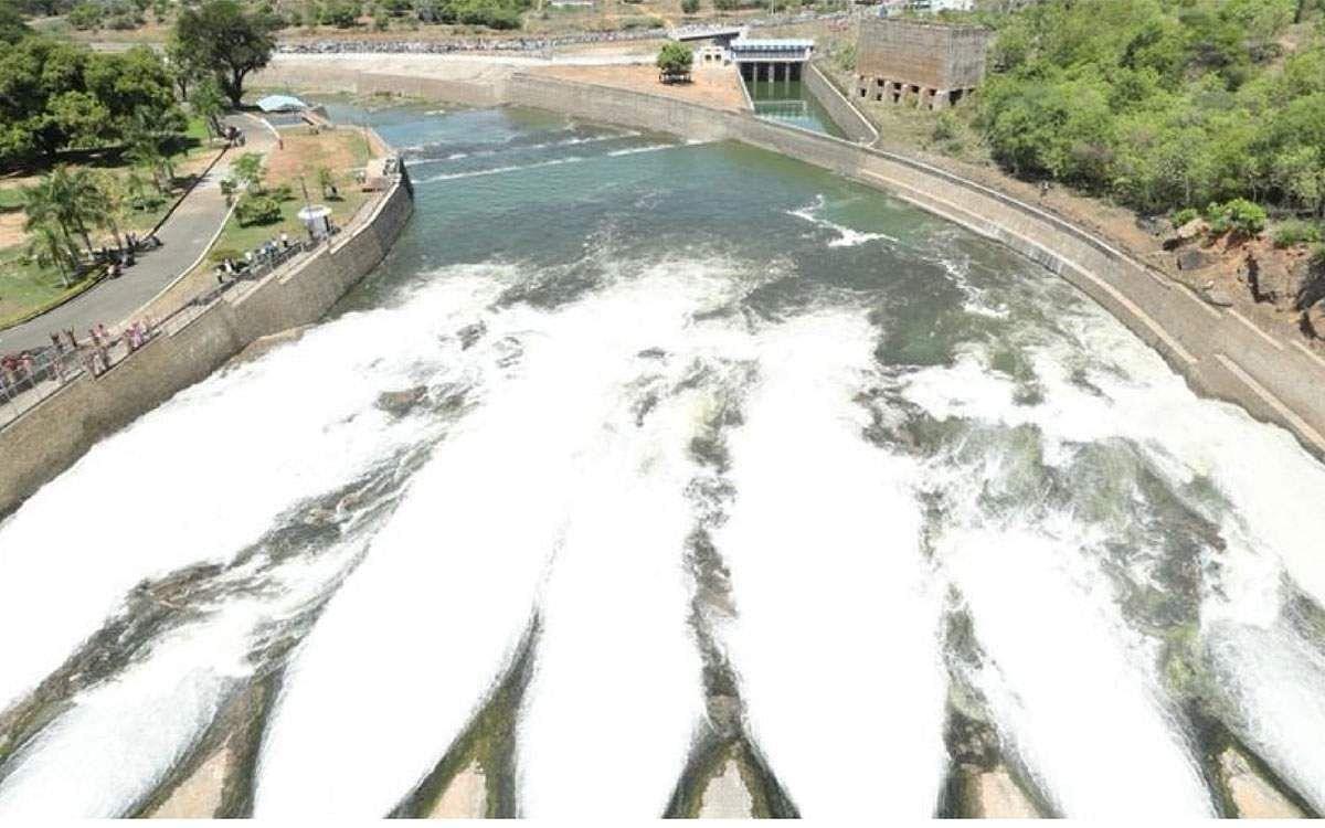 Mettur-Dam-5