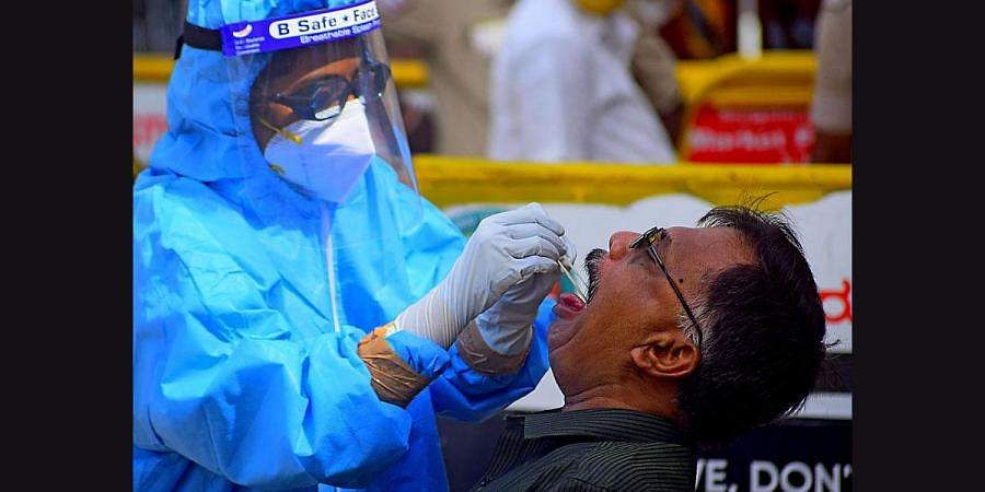 COVID 19: 12,209 fresh cases and 320 deaths in Karnataka