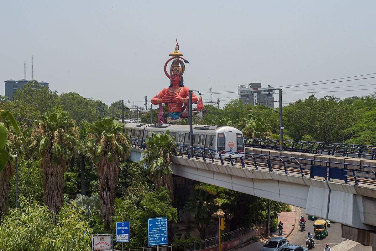 Delhi-Metro-Train-5