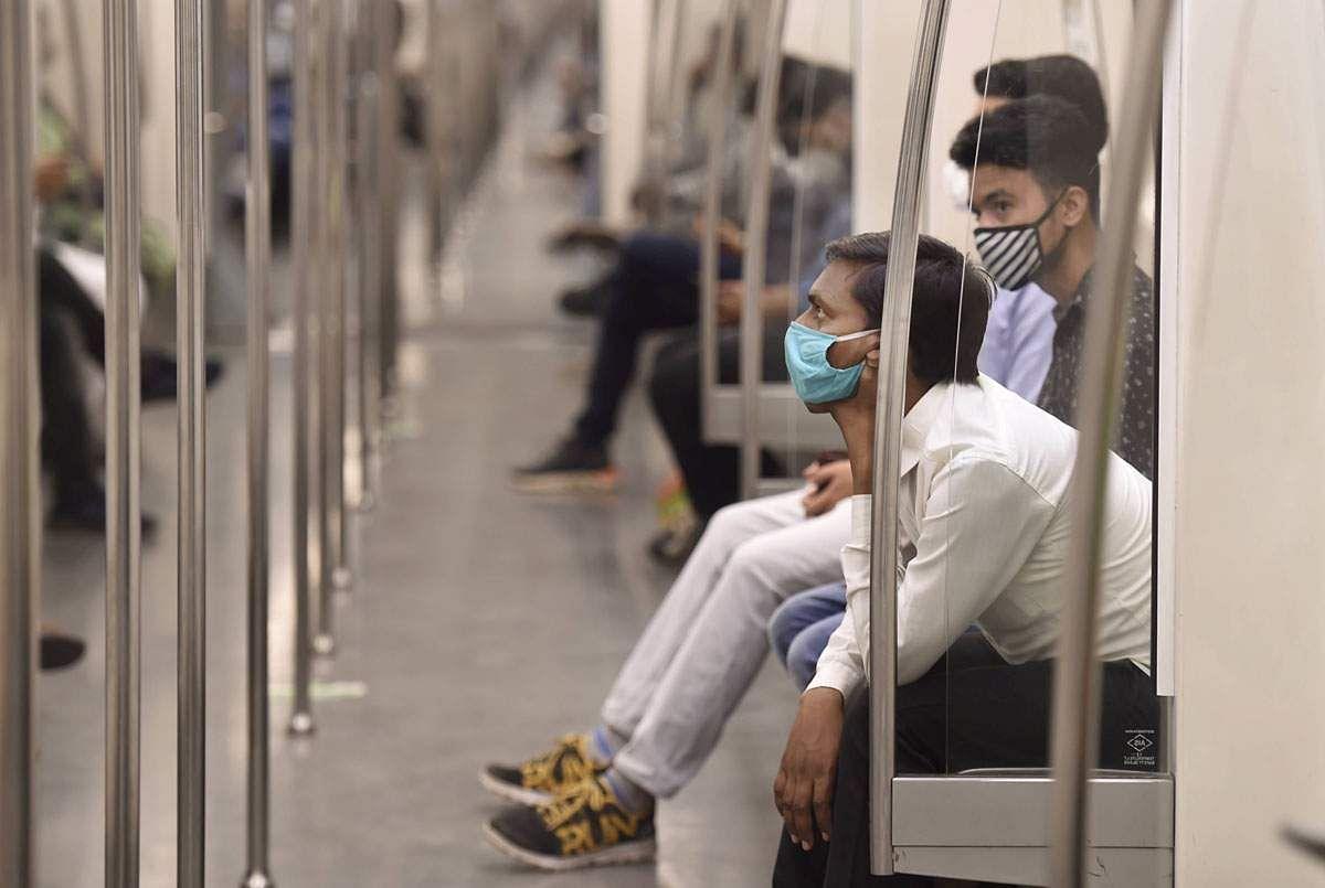 Delhi-Metro-Train-6