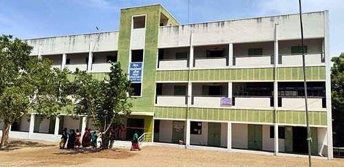 காங்கயம் அருகே, படியூரில் செயல்பட்டு வந்த கரோனா சிகிச்சை மையம்.