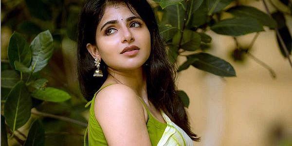 1995-ஆம் ஆண்டு கேரளாவில் பிறந்து, ஈரோட்டில் வளர்ந்தார். படம் - இன்ஸ்டாகிராம்